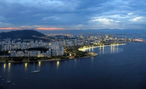 Mar de gente: Veja os 10 bairros com maior população no Brasil