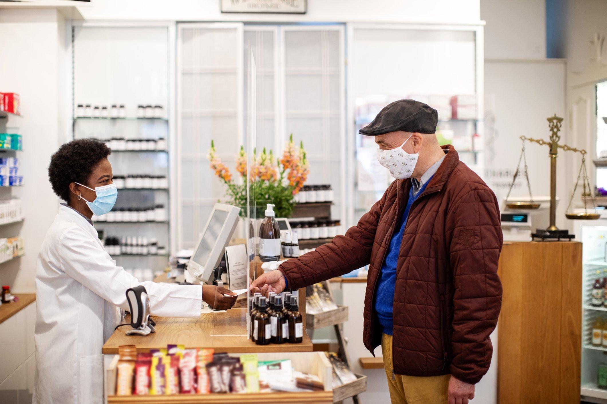 expansao-de-farmacias-3